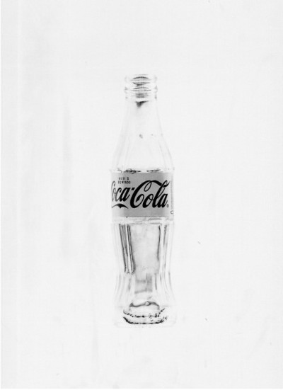 jpegfrequency:  Minimalist Coke.