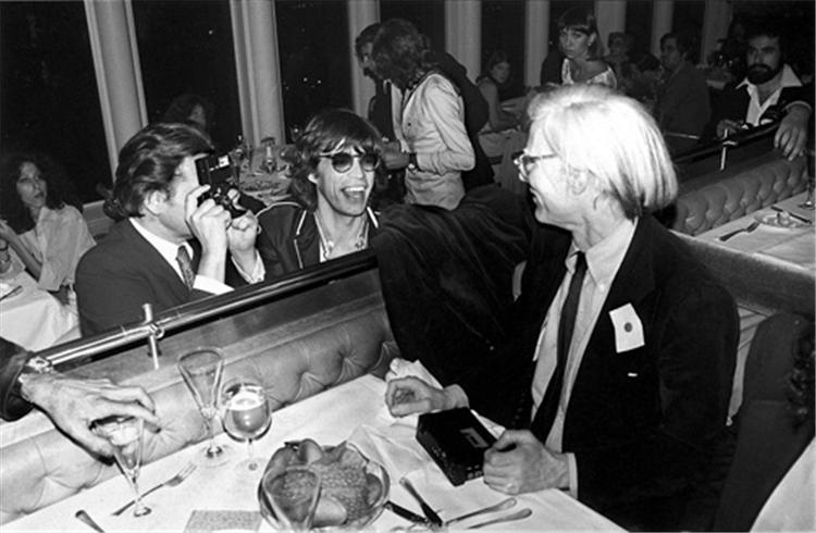 MICK JAGGER et ANDY WARHOL (1976) winstonwolfe:  Mick & Andy, NYC, back in '76 (© MICK ROCK, 1976)