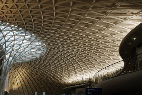 by9:  a new twist on king's cross by bradman334 on Flickr.