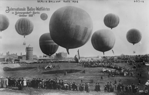 Hot air balloon race, 1908.