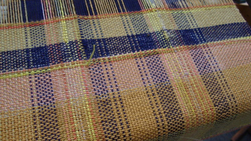 Same warp, plain weave, different colors