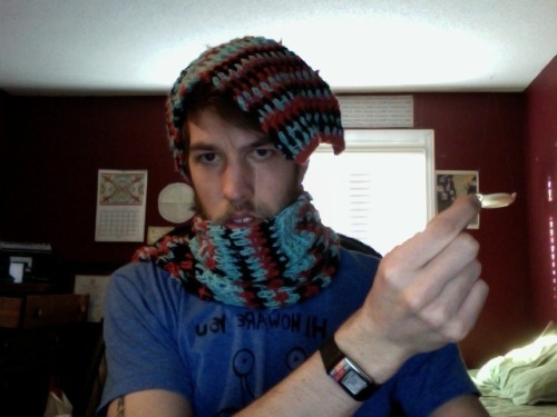 CosmicSpread's super scarf came in the mail and now i'm warm as shit ships. Check her sweet delights on her (etsy) .