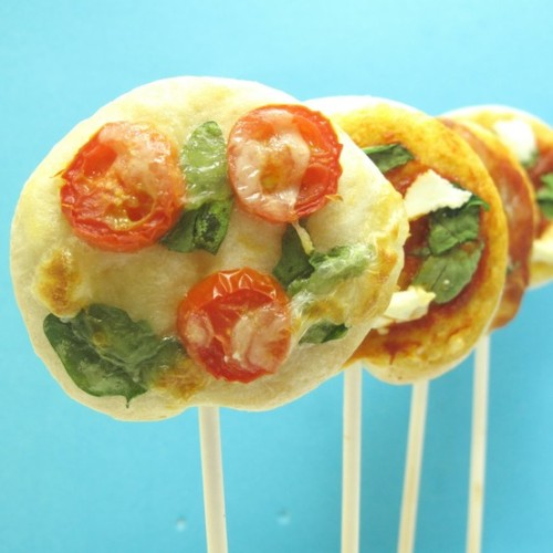 Veggie Pizza Pops