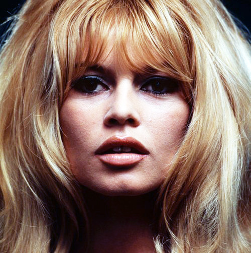 vintagegal:  Brigitte Bardot, photo by Douglas Kirkland, Mexico, 1965