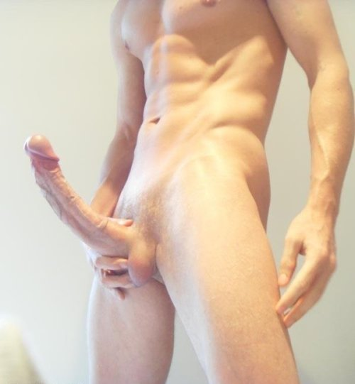 greatcocks:  Best male solo pic ever, always reblog