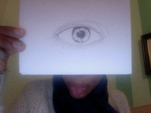 the eyeball i started to draw. still cant find my smudge sticks :/