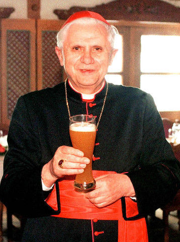 badwolfcomplex:   promotionalpints:  The Pope with a pint.   I love my Church.