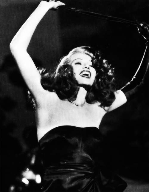 I'm clearly obsessed with Rita Hayworth in this movie.
