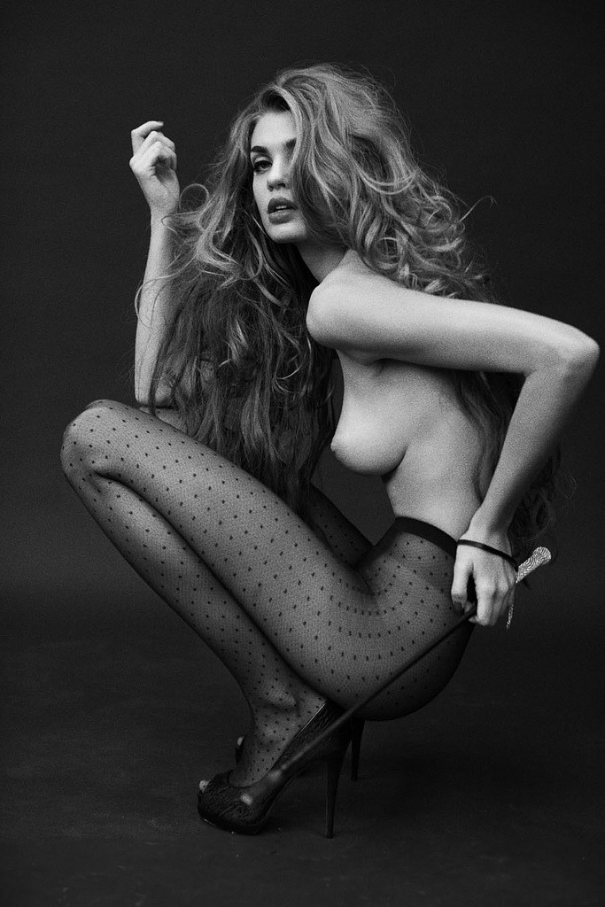 (via everyday_i_show: photos by Signe Vilstrup)