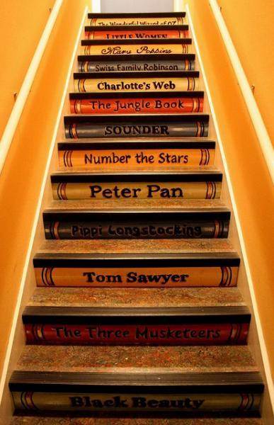 I am in love with thee stairs. I can think of at least twenty book titles that would go perfectly on a set. Definitely on my to do list if we ever get a house with the right kind of stairs for this project.