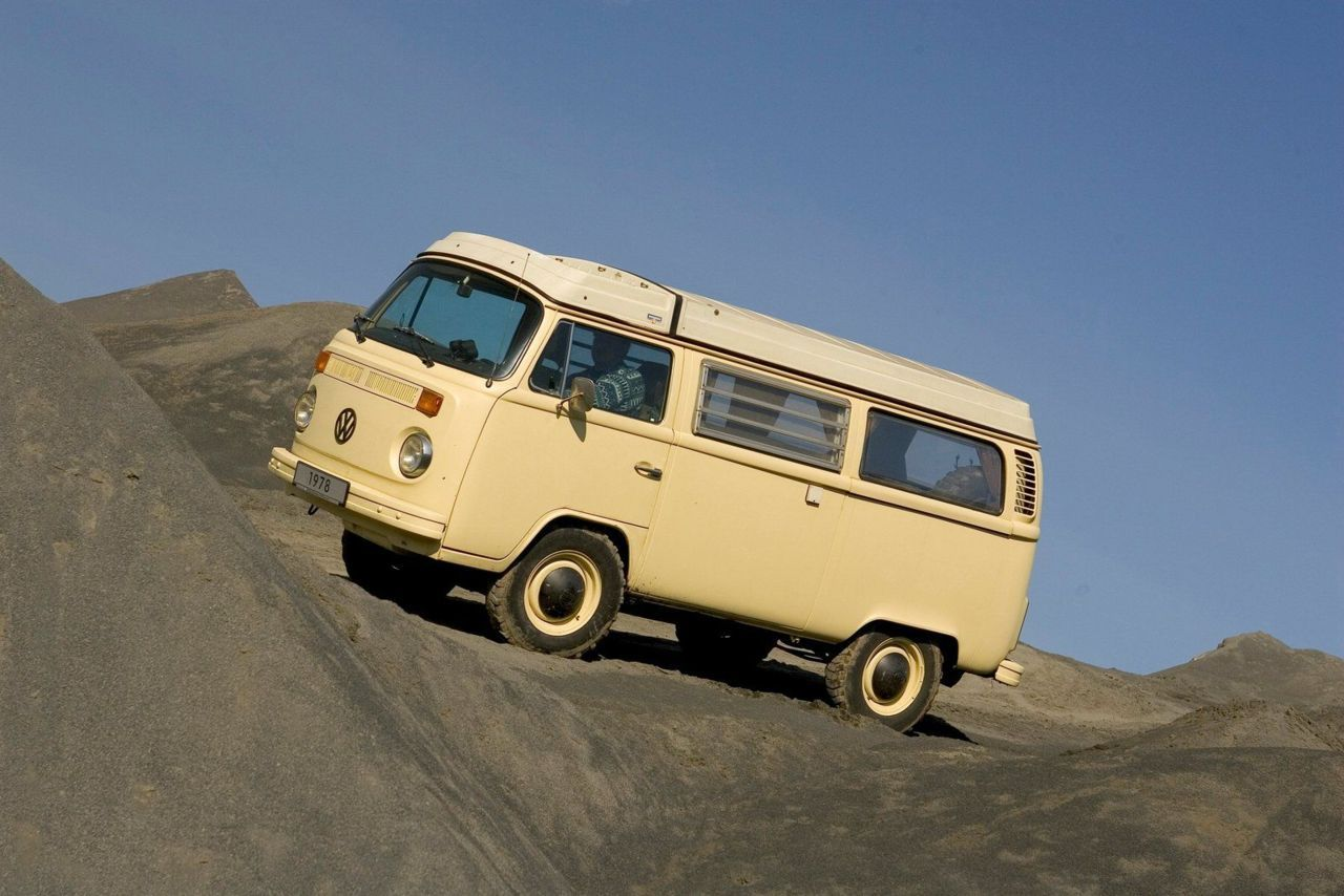 prototype of a 4-wheel-drive T2 Volkswagen Kombi van in an off-road trial