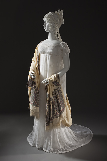 Evening dress, ca 1800 India (probably - for the Western market), LACMA