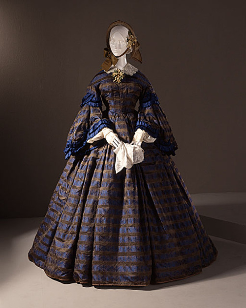 Wedding dress, ca 1860 US, LACMA