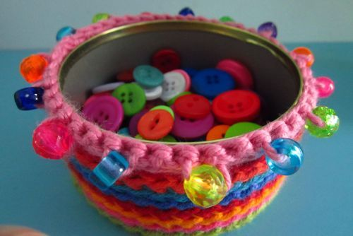 (via Attic24: Crochet Tin Covers :: Ta-dah!)
