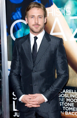rachelmclaughlin22:  Dear Ryan Gosling, can you please teach men to dress more fashionable like you and also stop being so good looking! #crazystupidlove  oh man, i want that suit! ugh!
