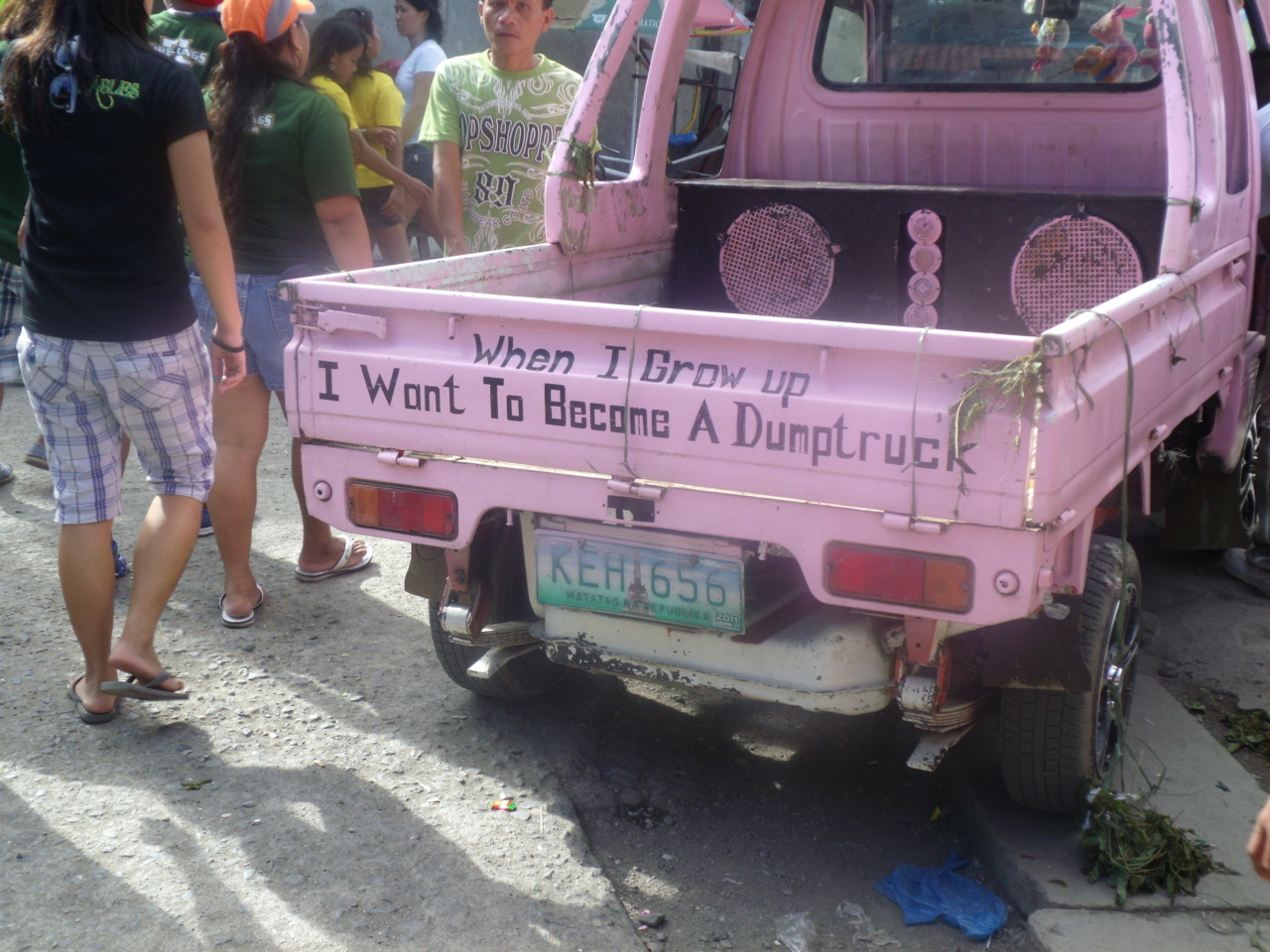lifoothegreat:  When I grow up I want to be a dumptruck.