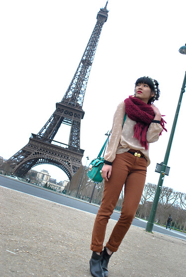 1. TOP CHICWISH, in TOPS 2. SCARF MIAIMI, in SCARVES 3. TROUSERS THE KOOPLES, in PANTS 4. BAG NEW LOOK, NEW LOOK, in BAGS 5. HEADBAND TOPSHOP, TOPSHOP 6. BOOTS ISABEL MARANT, in BOOTS