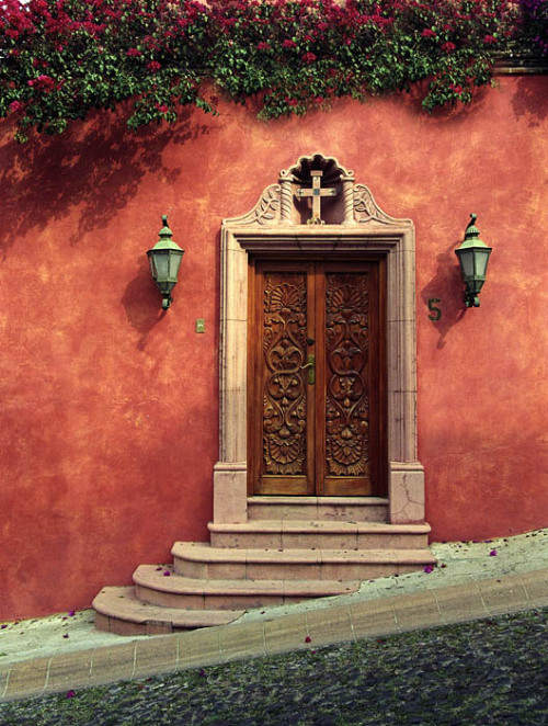 masonictraveler:  Somehow, I imagine this as the side door of my temple.