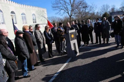 "popmuslim:  Interfaith rally at Long Island mosque condemns hate crimes. When one group is harmed, we all are. That was the message Friday in Huntington as a diverse cross section of public officials and clergy stood together in solidarity to denounce a recent string of hate crimes in Huntington and other parts of Long Island. State Assemblyman Andrew Raia, R-Huntington, said Jews, Christians and Muslims are all facing a rise in hate crimes. ""The only way to combat this is to join together in solidarity,"" Raia said. ""If it's a mosque today, it's a temple tomorrow, it's a church the next day. People that hate have no self respect,"" said Supervisor Frank Petrone . ""We stand with you. You're a peaceful group here at this mosque. You're adding something special to the town and we will not let you stand by yourself."" Members of the Jewish community including Rabbi Ian Silverman of the East Northport Jewish Center and Rabbi Steven Moss, co-chair of county's human rights commission said they stand in solidarity with their Muslim brothers and sisters. ""Say no to hate and yes to peace and harmony in the community,"" said Moss. ""I take joy in the fact that we are standing from the various communities to represent religious liberty."" ""It's joy to stand in solidarity with you today to declare unto those in the Town of Huntington who think it's all right to harm houses of worship, that we stand against such action,"" said Rev. Larry Jennings of the Bethel AME Church ""This is hate and the only way we can face it is head on,"" said Silverman. We hope to be able to support each other in times like this to find ways that we may all express our faith."" ""When one religious community is harmed, we all are."""