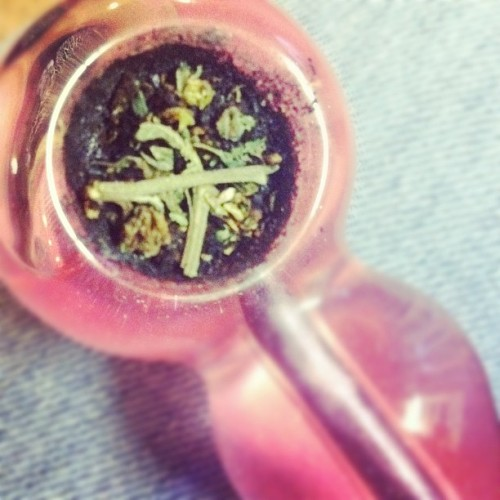 My Favorite Bad Habit #girlswhosmokeweed  (Taken with instagram)