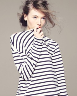 luckymag:  stripes and messy hair, perfect match - jc
