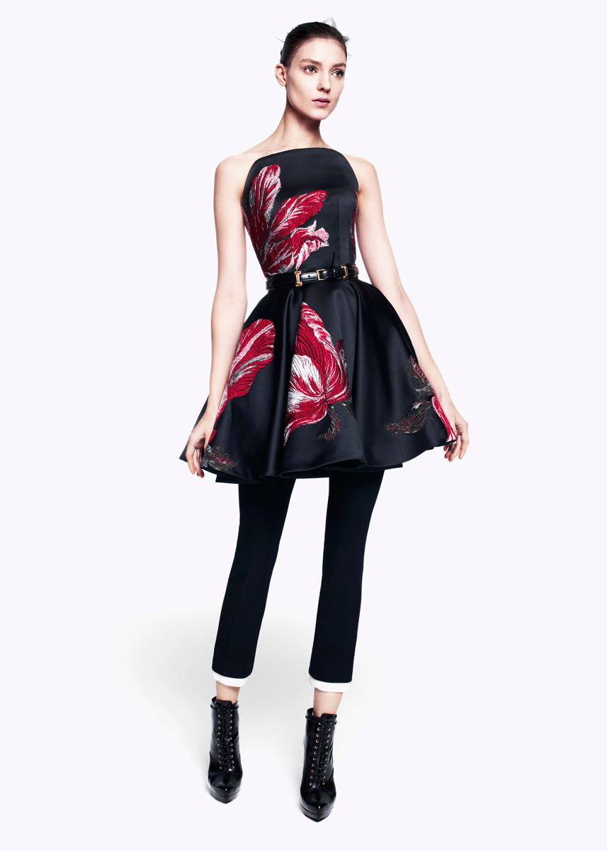 Dress Envy: Sarah Burton for Alexander McQueen Pre-fall 2012 (THOSE ARE RUFFLED/PARROT TULIPS!!!!)
