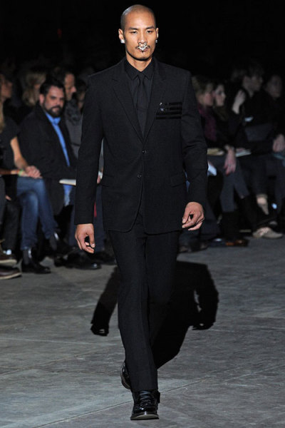 Paolo Roldan for Givenchy. So sexy!