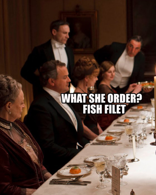 suicideblonde:  Once again, Downton Abbey + Watch The Throne blend together perfectly. Happy Downton Day!  It just started on the West Coast!   <3 you, Internet. If you're a Downton fan be sure to check out Simon Schama's essay in last week's Newsweek on why us Americans are gobbling up all the snobbery.