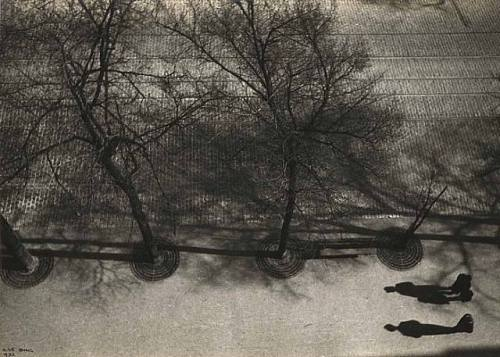 Ilse Bing, Avenue du Maine, 1932