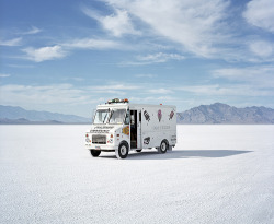 dat-sick:  bonneville salt flats, utah (by rob hann)