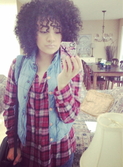 girls with Afros(whatever that hairstyle is) are the best