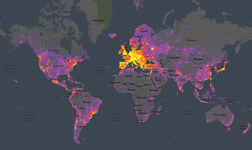 thedailywhat:  Infographic of the Day: Using geo data from photos uploaded by users to Google's Panoramio, Sightsmap generates an interactive heatmap of the most frequently photographed spots around the world. [petapixel.]
