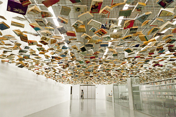 kari-shma:  Books suspended above an entrance to the Istanbul modern art museum by Hanif Shoaei | Source