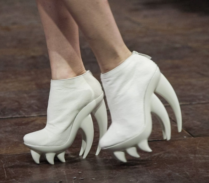 monsieur-j:  Iris Van Herpen S/S 2012 Haute-Couture Shoes