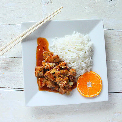 I am so totally making this General Tso's Tempeh very soon. It looks so amazing. I love all non-meat proteins quite a lot, but tempeh really is one of my most favorites. Even if you eat (and love) meat, I'd recommend giving it a try. photo and recipe by hobby and more