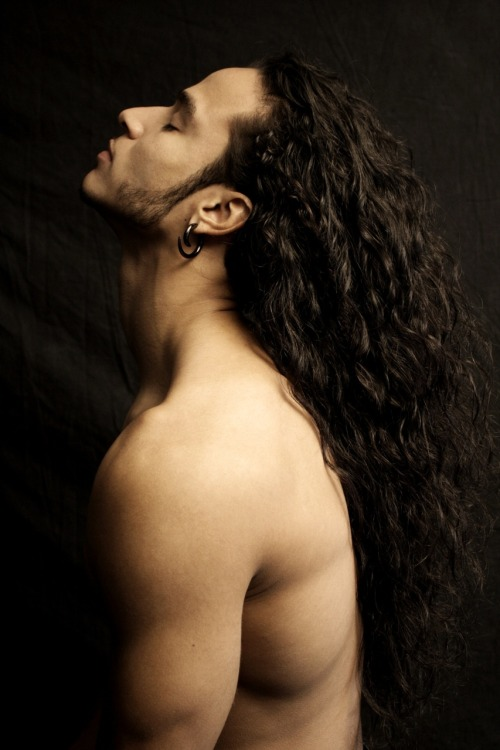lucianoacuna:  The Hair of Luciano Acuna Jr. Shot by Torain Lewin