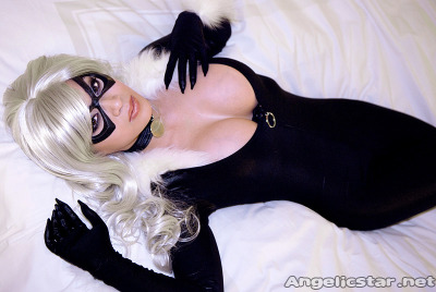 Lounging Kitty by *yayacosplay God…. Damn!