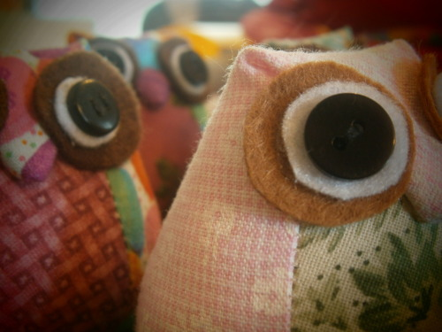 Proper owls with proper eyes :D What they SHOULD look like :P Making lots for Valentine's day :D (Day 177, or Day 24)