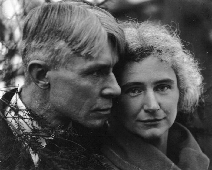 tartanspartan:  Mr. and Mrs. Carl and Lillian Sandburg — Edward Steichen, 1923