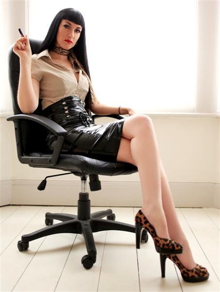 superior-women:She was so looking forward to Her employee's appraisals