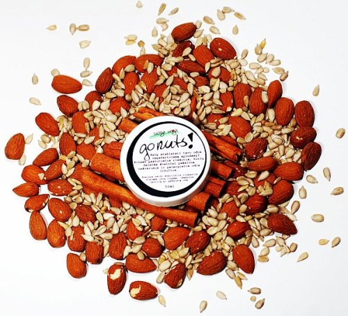 Invite mad nuts, to gently remove dirt and residues of tired skin! Handmade cosmetic from Lithuania. Almonds and sunflower seeds will scrub and cleanse your skin, and  reveal its unique glow. Cinnamon stimulates blood circulation, and  proteins and fatty acids, which are in nuts, nourishes and protects the  skin.