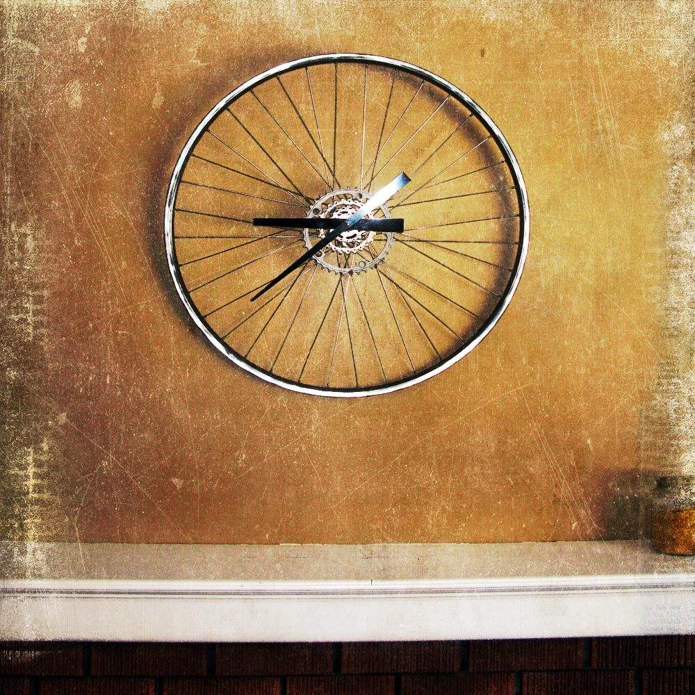 Wheel clock by meadowood