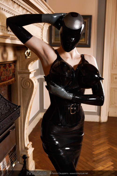 A custom Latex Zentai Hood we made for www.kinkystyle.net - Featuring a circuit board pattern etched into the silver latex. Reminder: Our latex party is Feb 19th in Toronto - Get tickets now and you could win our door prize (A VACBED!)