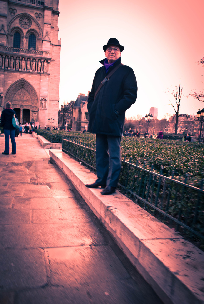 """Standing Proud""Taken in Paris, France, with my Nikon D60.JoseRomuald"