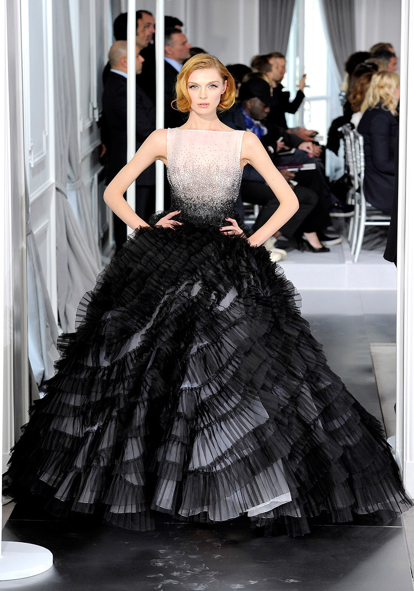 vogue:  Christian Dior Spring 2012 Couture Photo: Yannis Vlamos/GoRunway.comVisit Vogue.com for the full collection and review.  Wish I had a reason to be able to wear this dress and be bale to buy it! Gorgeous!