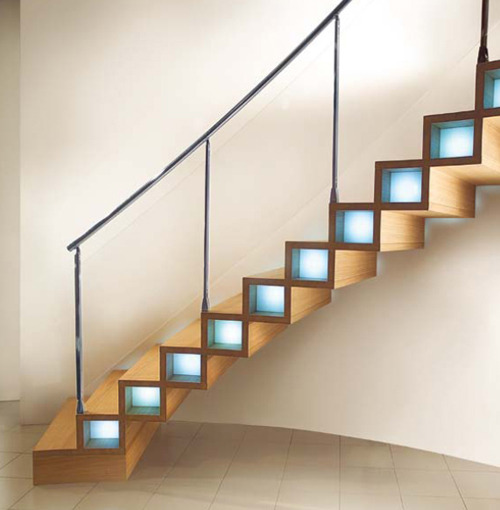 micasaessucasa:  (via Modern Wood Stairs Design by Marretti | Trendir)