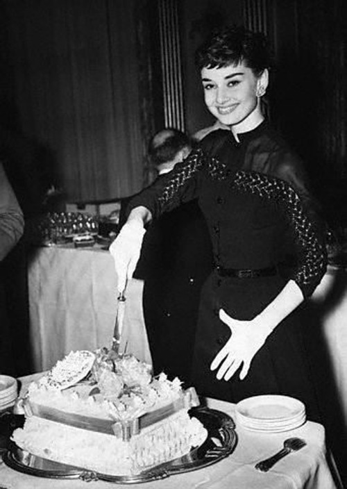 It wouldn't be a birthday without Audrey and some cake!! (happy birthday to one of my most favorite people! <3)