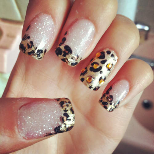 itzbubbles:  My nails ;)