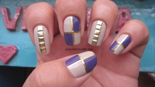 victoriac7:  Inspired by this mani by Mel! She's one of my favorite blogs I follow.  Her nails are always on point! Colors used: Essie - Sand Tropez OPI - Funky Dunkey
