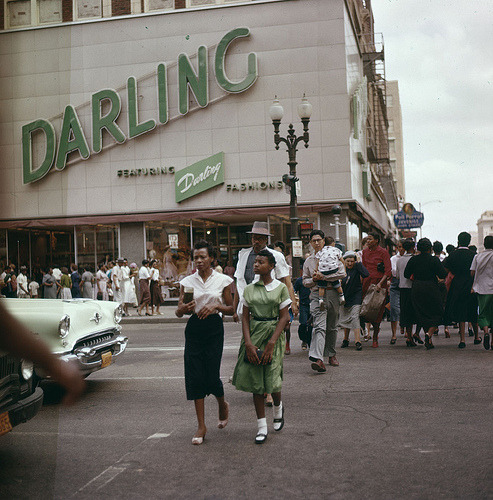 mudwerks:  Street in Houston 1956 (by Stockholm Transport Museum Commons)